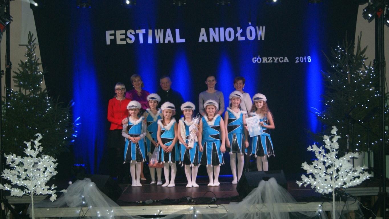 You are browsing images from the article: Anio³y maj? dusz? anielsk?, t?skni?, kochaj? ,czuj? i na w?drówk? ziemsk?,  raz w roku przylatuj?...