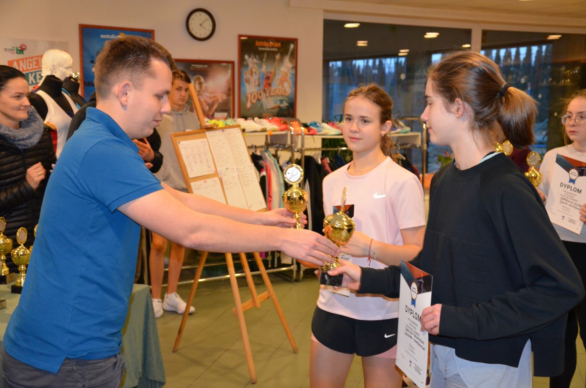 You are browsing images from the article: Zwyciêstwo i drugie miejsce Dominiki w Puszczykowie!