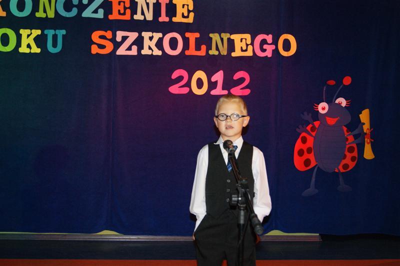 You are browsing images from the article: Zakoñczenie przedszkola  (foto)